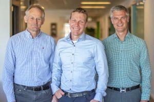 Från vänster: Magnus Orrebrant, vd Vehco, Magnus Gunnergård, medgrundare Vehco, Stefan Albertsson, vd Addsecure Group /// Foto: Addsecure & Vehco